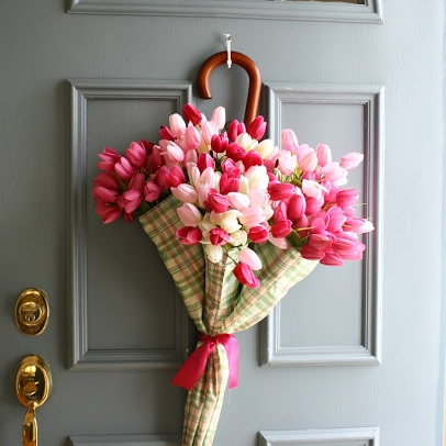 10 Cheery Spring Wreaths