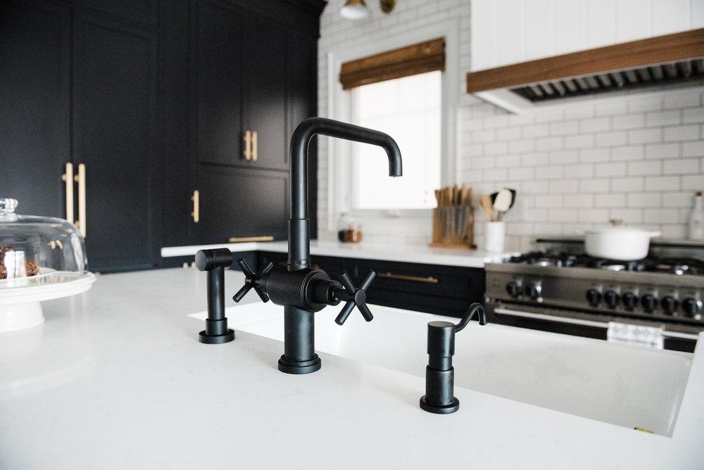 Rubinet - faucet in matte black