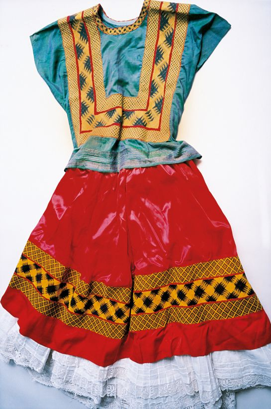 Traditional Tehuantepec dress worn by Frida
