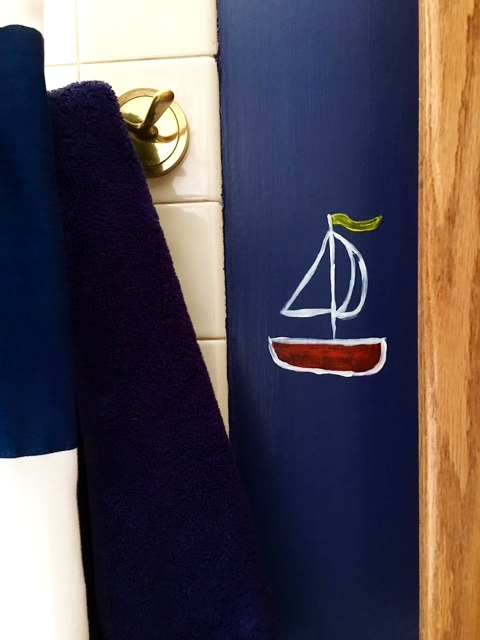 I see you, cute lil sailboat guy behind the towel!  Kelsey free-handed this!