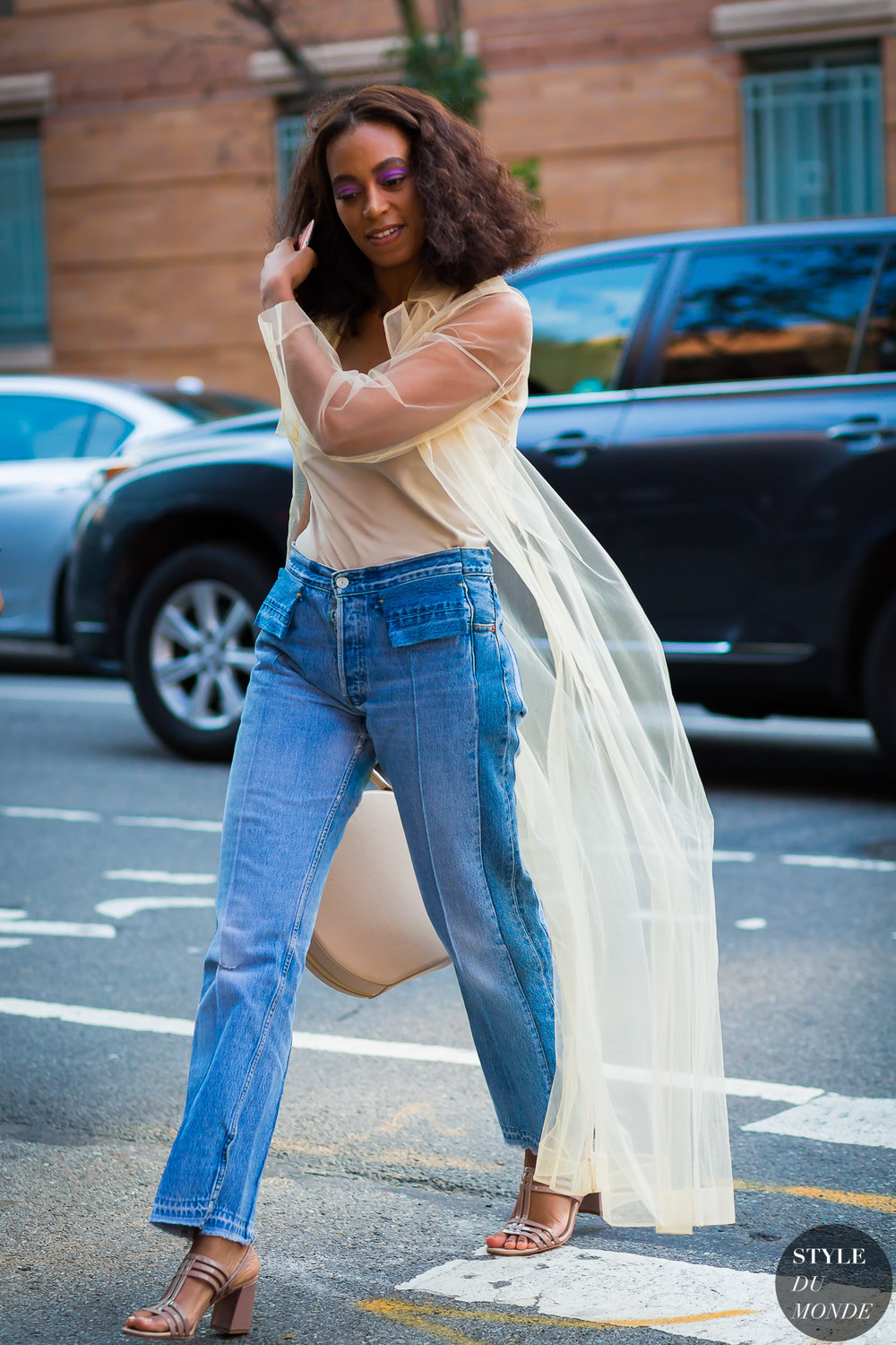 Solange-Knowles-by-STYLEDUMONDE-Street-Style-Fashion-Photography0E2A9152-2.jpg