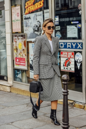 Take-no-prisoners skirt suit