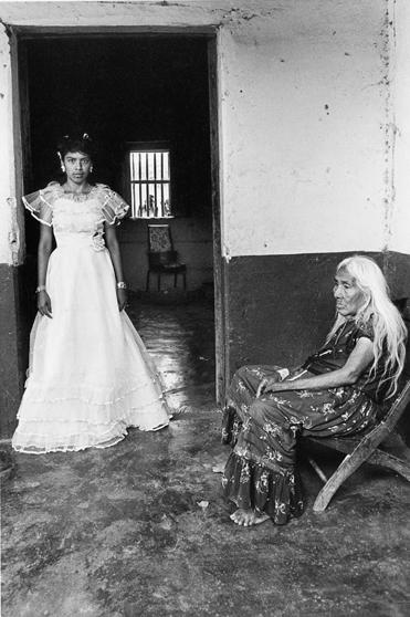 Graciela Iturbide,  Fifteen , 1986.