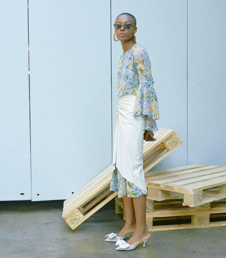 Loeil Hellah Skirt ( via Who What Wear )
