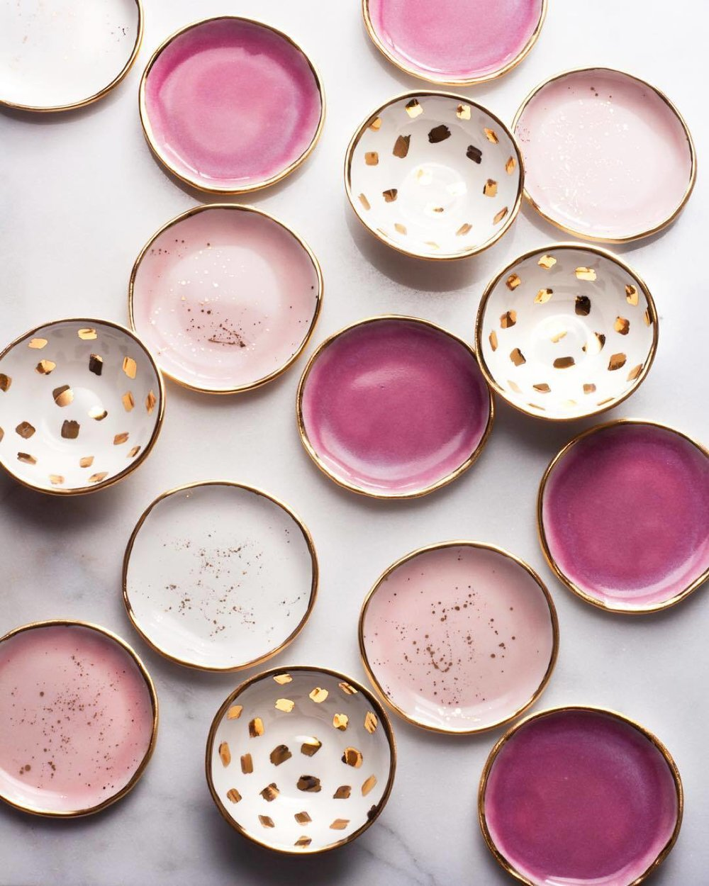 Ceramics - Ceramics are quite possibly the easiest ways of incorporating blushes into your home. A simple blush vase, bowl, or even some mugs if you're trying to soften your kitchen all work to tie a room's aesthetic together.