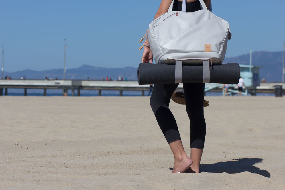 9 Reasons Why This Might Be the Perfect Bag for the Yoga Girl Who Get's S**t Done -