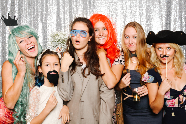 grin-and-bear-booth-photobooth-181352.jpg