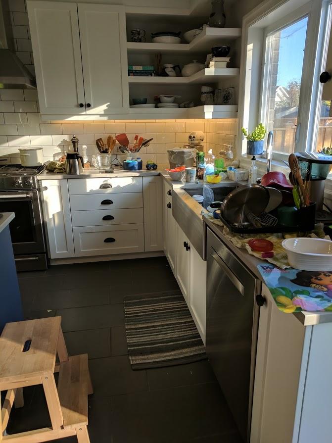 kitchen clutter.jpg