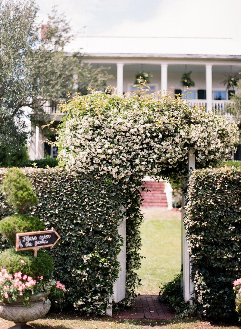 luxury-wedding-at-the-watson-house-emerald-isle-3.jpg
