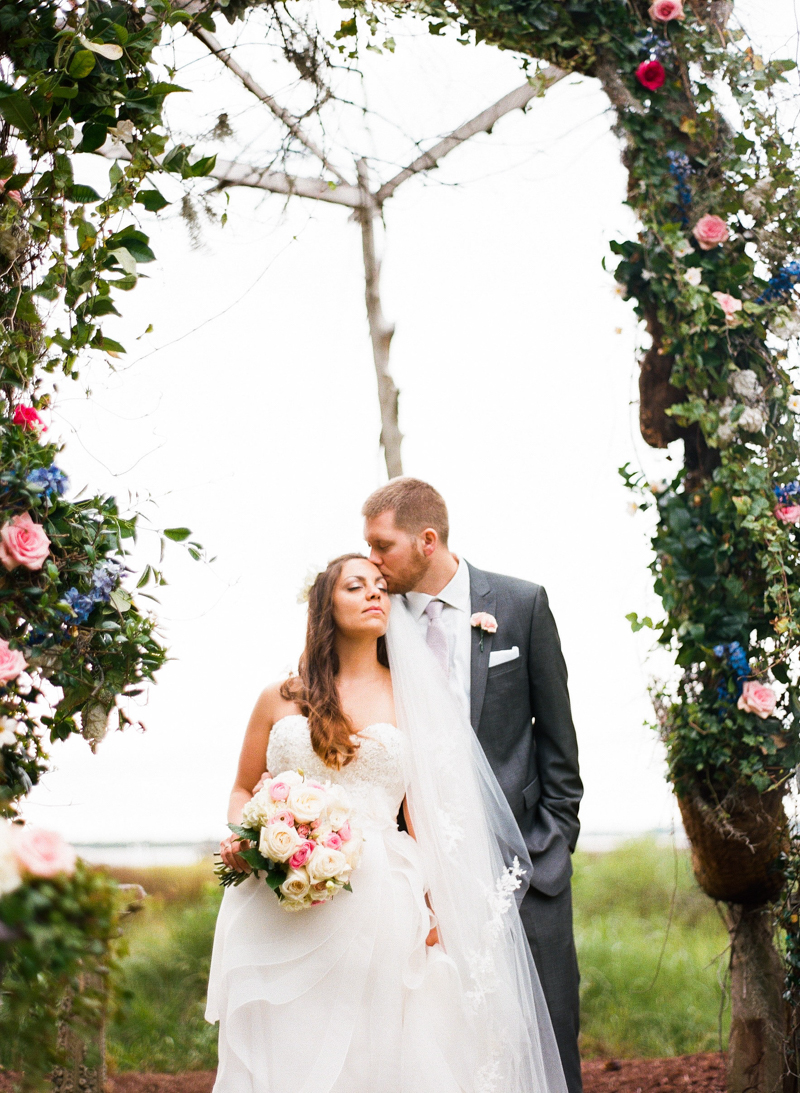 luxury-wedding-at-the-watson-house-emerald-isle-20.jpg