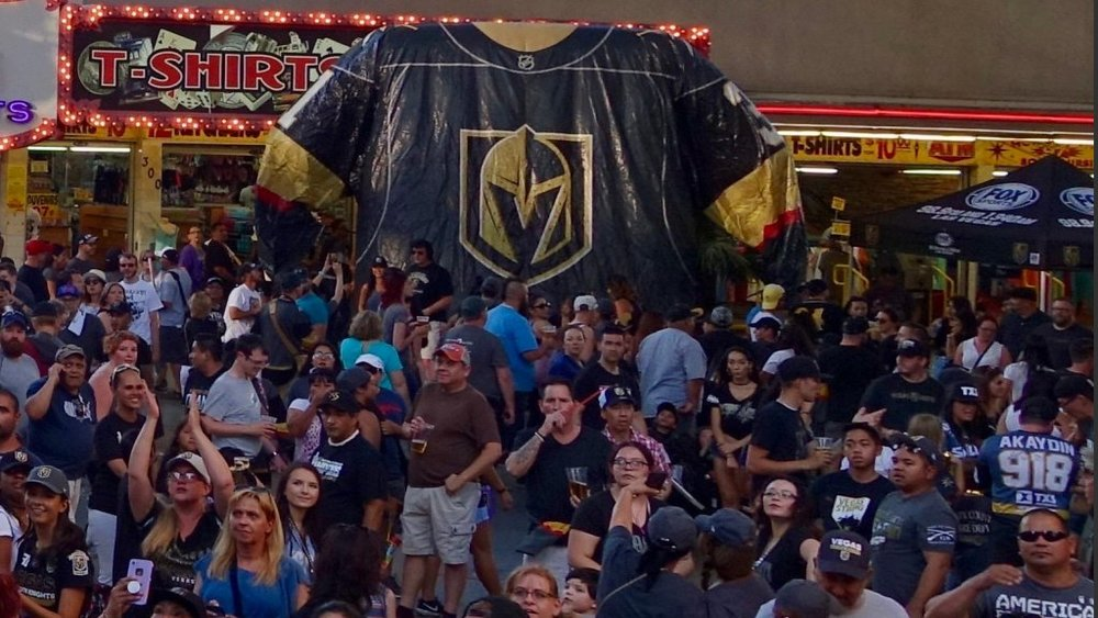 "A GIANT GOLDEN KNIGHTS JERSEY GREETED THE FANS AT THE ""STICK SALUTE."" Photo: Norm Clarke"