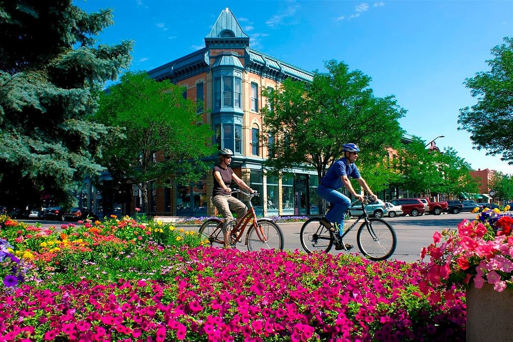 people cycling in fort collins