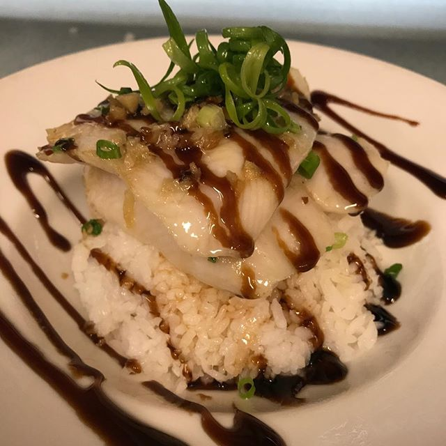 Chinese style steamed fish Yummy!! #hawaiifoodreviews #hawaiisbestkitchens #ateohateplates #808plate #rnb_hi #hawaiibestfoodies #seafood #yelphawaii #onolicous #tasty #danasrestauranthi #waipahu