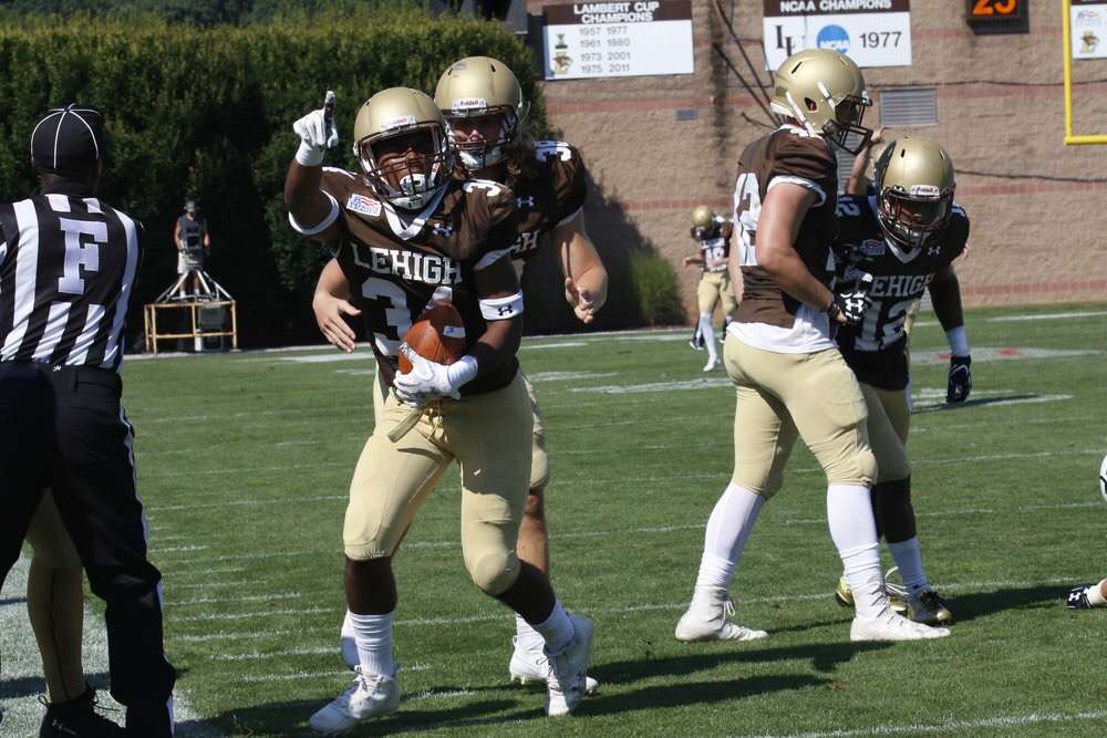 Yale trounces Lehigh football 56-28 to give Mountain Hawks their third straight loss - Game story