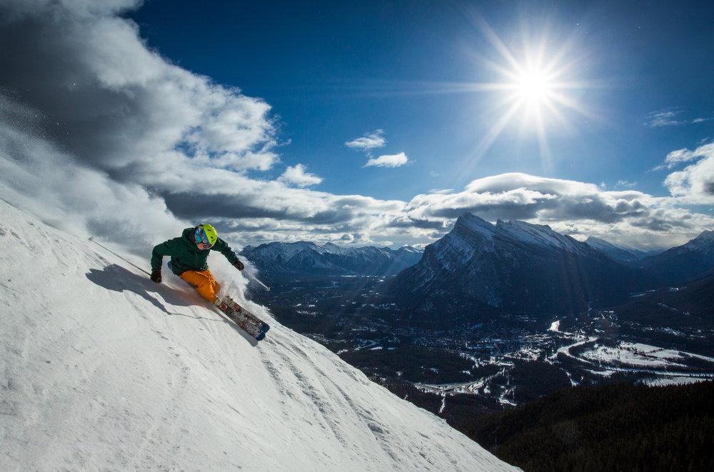 Ski_Snowboard_Mount_Norquay_Paul_Zizka_6_Horizontal.jpg