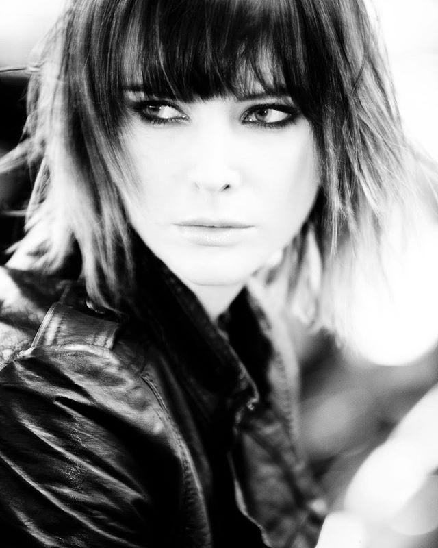 "Szot  z serii ""Stalker"" w roli głównej Briviaelle, Makijaz Dorothy Obrycka  #fashion #portrait #beauty #faces #fashionphotographer #photographer #polish #nikon #nikkor #model #narrative #beautyshot #photoshoot #style #editorial @nikon_pl #nikond3 #nikkor70-200"