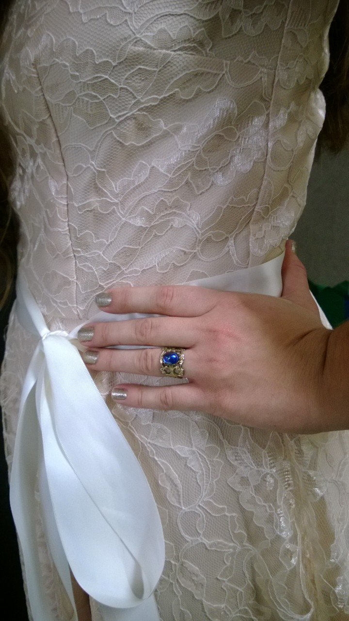 A ring and a bow