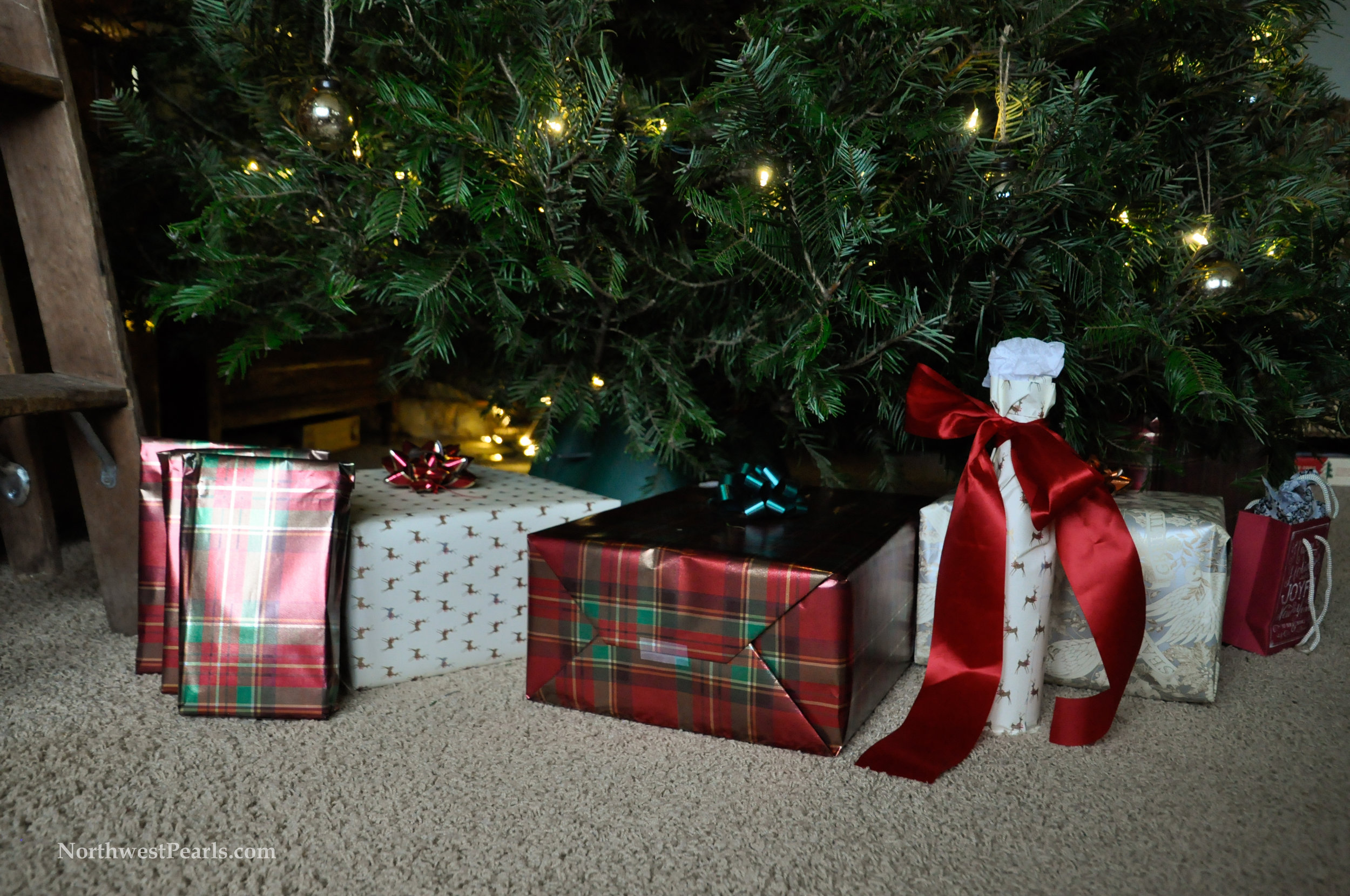 Northwest Pearls: Christmas Tree 2015