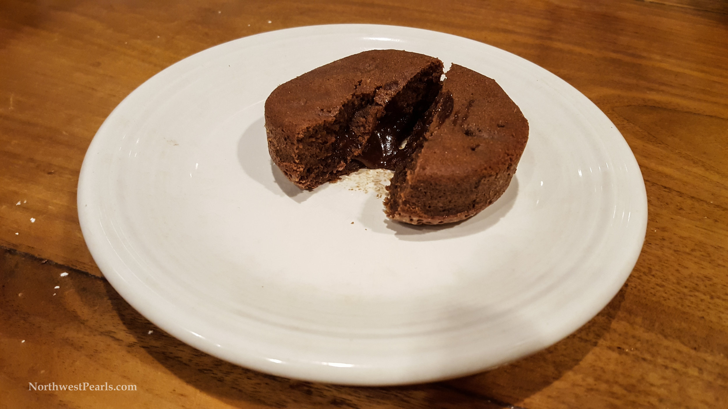 Northwest Pearls: Molten Chocolate Cake