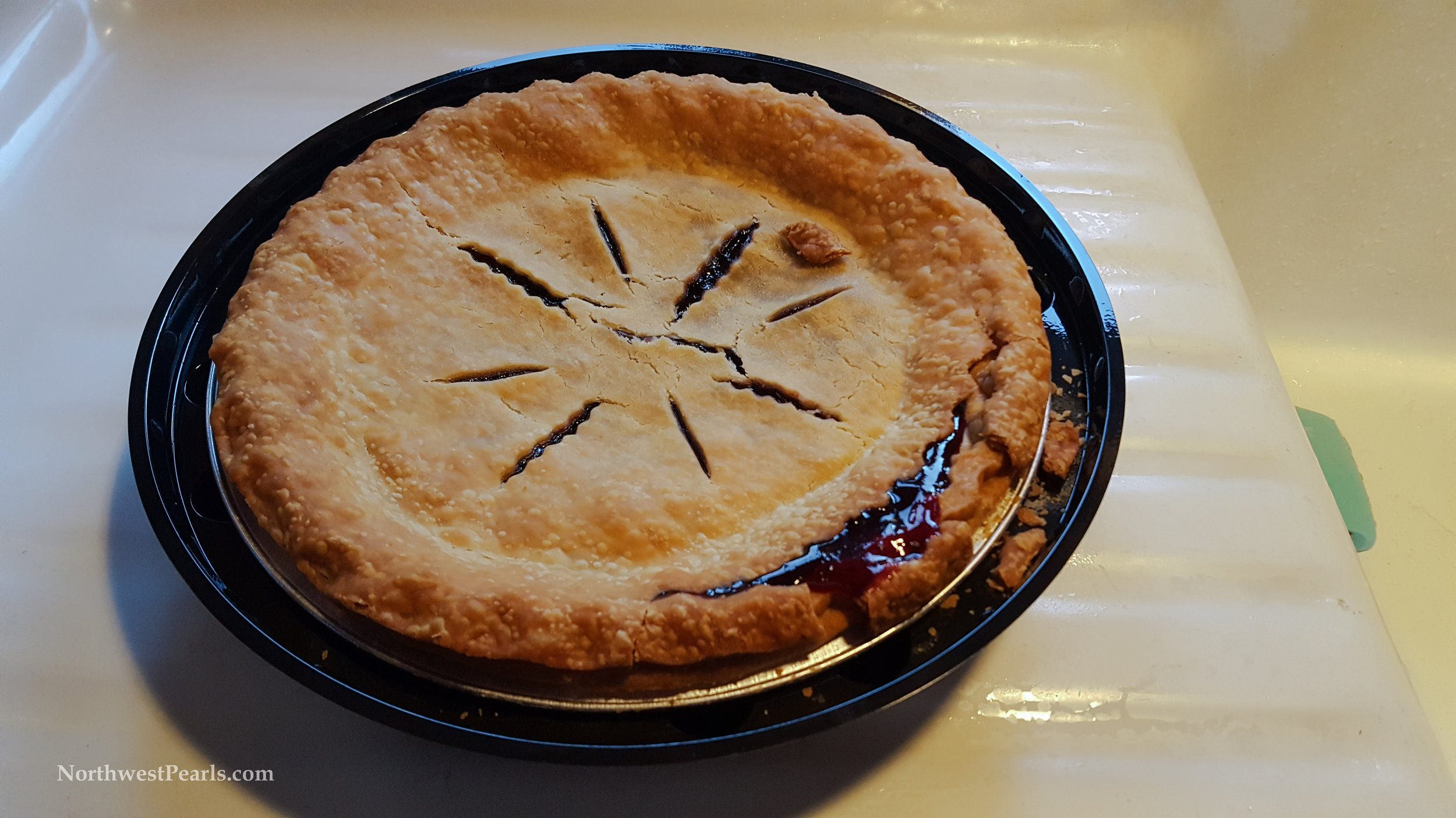 Northwest Pearls: Huckleberry Pie