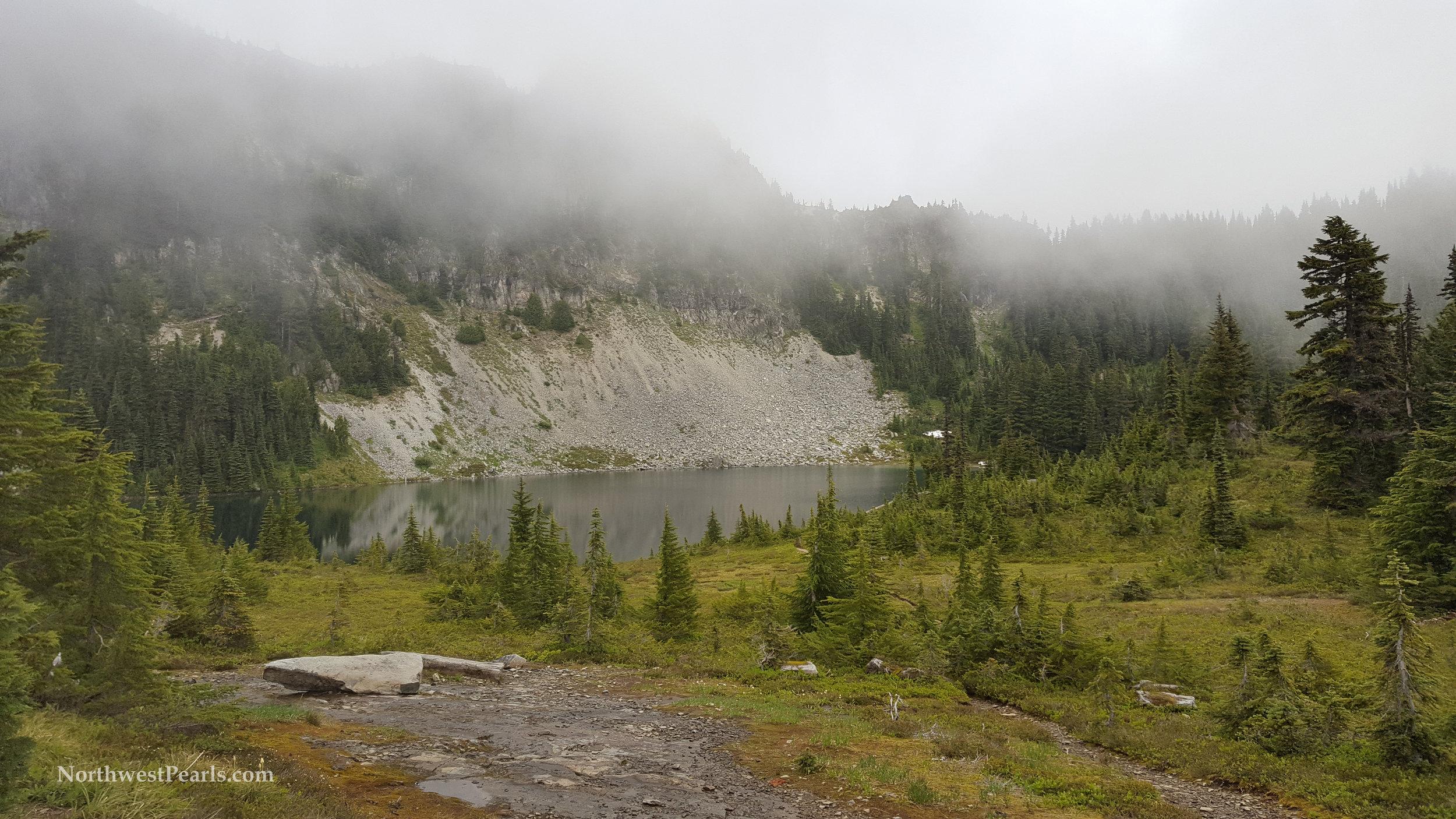 eunice-lake-tolmie-peak-xs-6