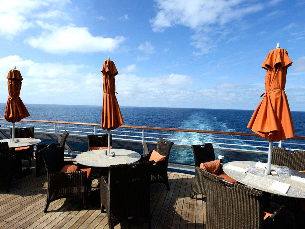 Oceania Cruises Cafe Tables