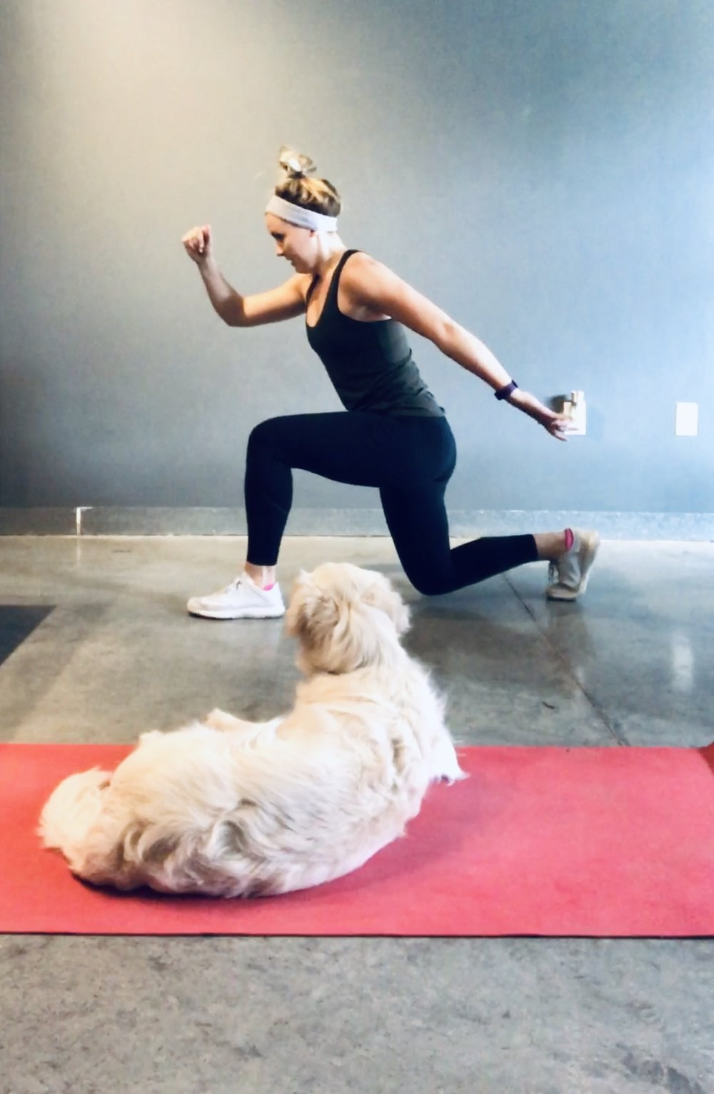 7 ways to hold yourself accountable when working out at home - Working out at home can be quite convenient, right?!