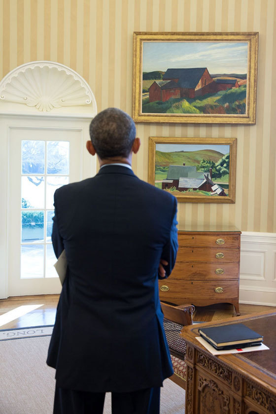 President Obama admiring the two Edward Hooper paintings he got on loan from the Whitney Museum of American Art.