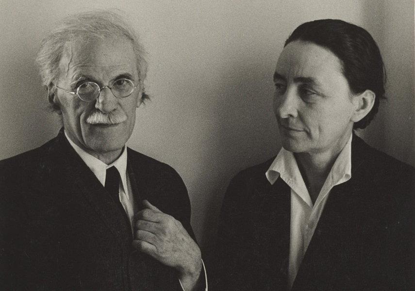 Alfred Stieglitz (left) and Georgia O'Keeffe (right)
