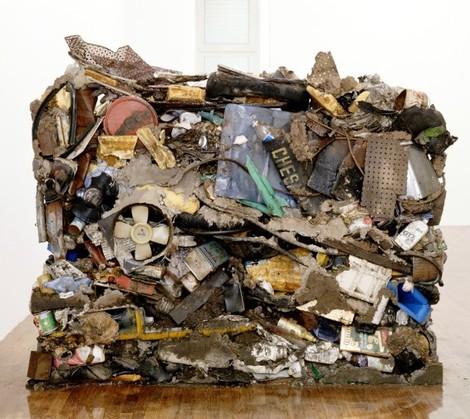 Gordon Matta-Clark,  Garbage Wall , 1970