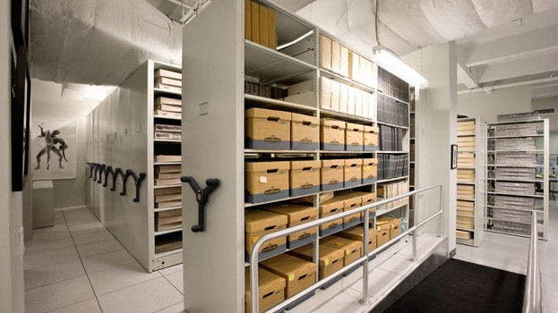 Archive_Mobile_Shelving_Storage_05.jpg