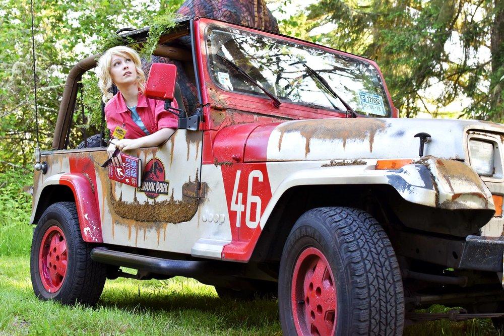 Jurassic Park Jeep Cosplay.jpg