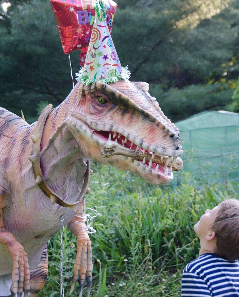 Rent a dinosaur Chicago