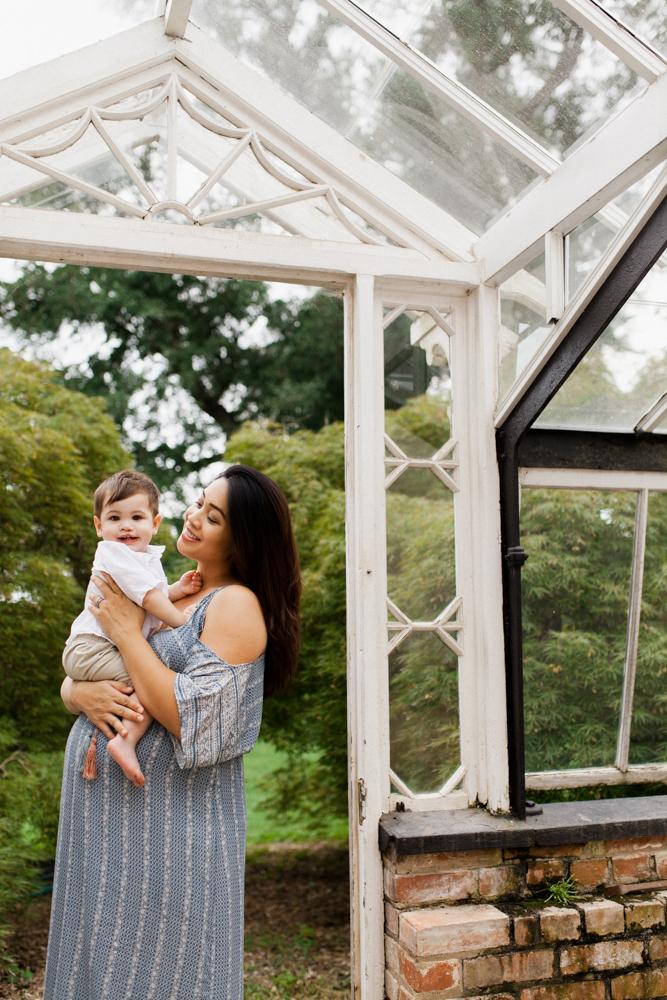 summer-maternity-garden-session-4.jpg