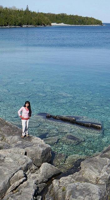18.1401289098.immersing-self-in-the-lovely-scenery.jpg