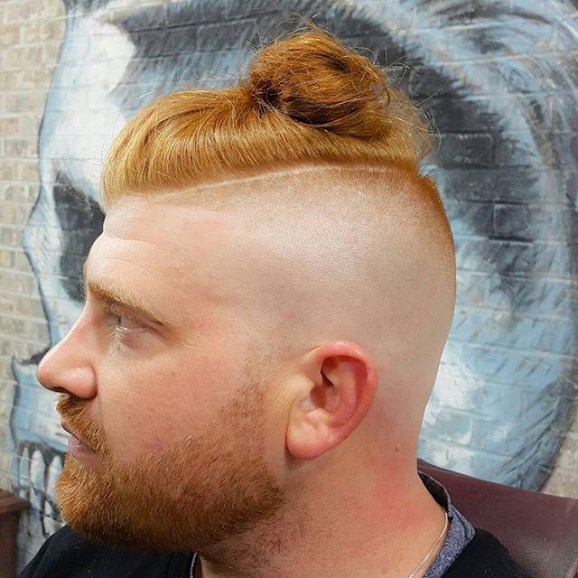 BONEFADED 💀💈 #bonefadebarbers #bonefade #fadedtobones #haircut #barbershop #professionalbarbers #eastvillagebarbershop #thebestbarbershopeastvillage #freshhaircut #hairstyles #nyc #nyclife #lifestyle #fades #skalp #beardtrims #halfshave #hairdo