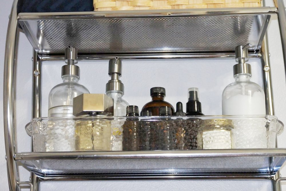 Albie Knows Rental Bathroom Refresh Update 17.JPG