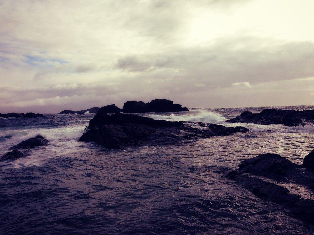 columba's bay waves