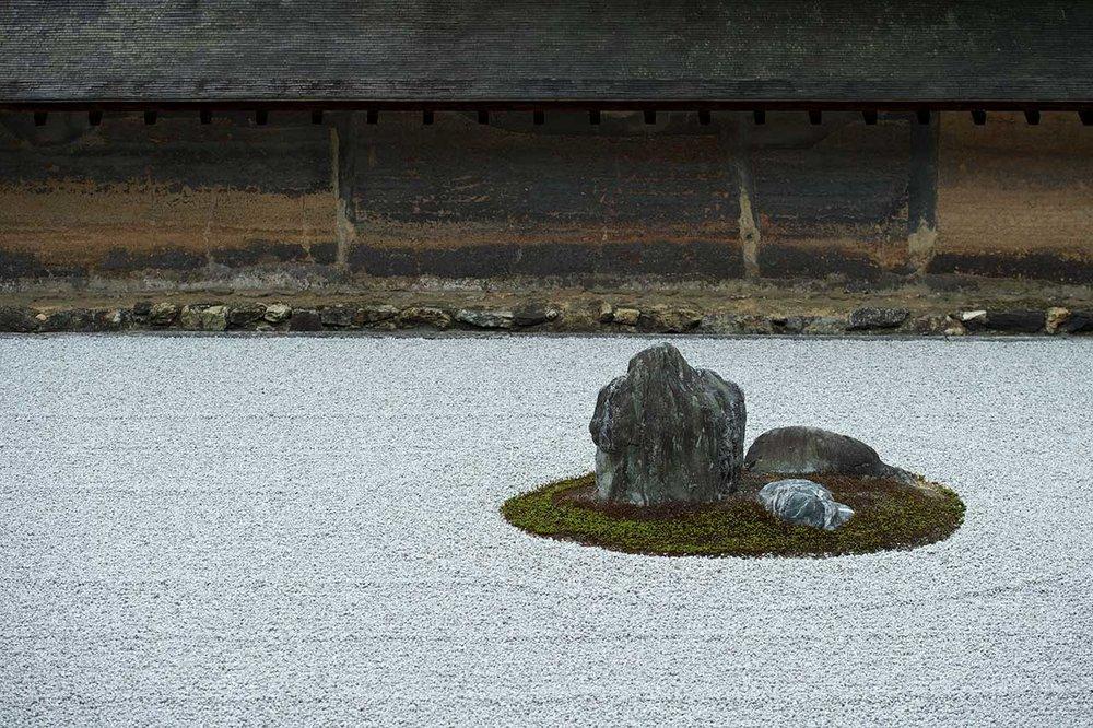 京都/龍安寺/枯山水的禪意/ 圖片來源