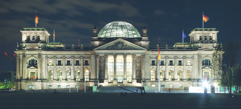 德國國會夜景 Reichstag building at night /維基百科