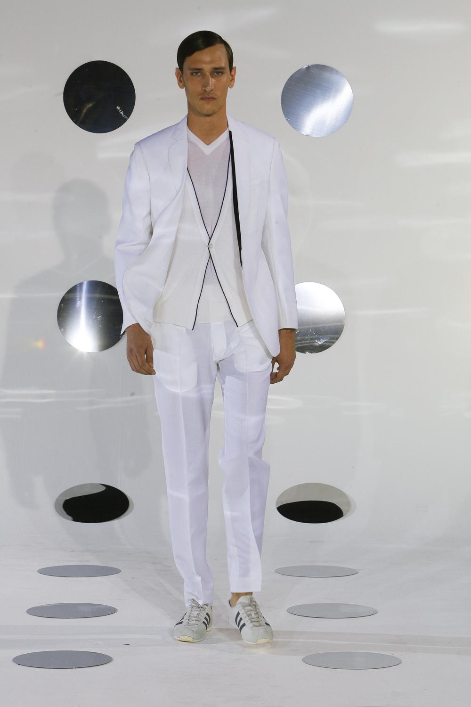 Unstructured suit, Paris Fashion show June 2008.