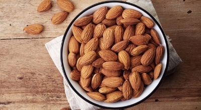 health-benefits-of-almonds-main-image-700-350.jpg