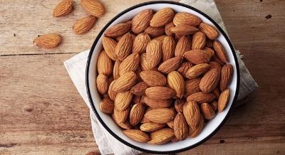 health-benefits-of-almonds-main-image-700-350.jpg