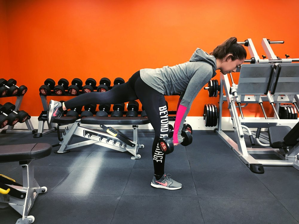This exercise can be performed with, dumbbells, barbell or kettlebell...