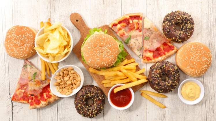 Junk-food-consumption-in-India-a-growing-concern-in-rural-areas-research-reveals_wrbm_large.jpg