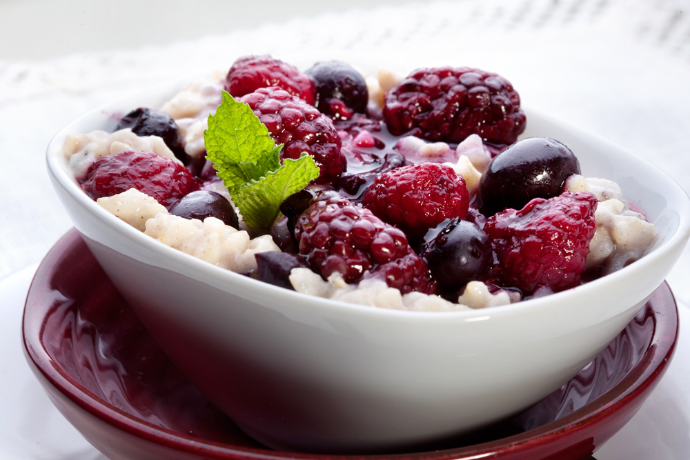 brown-rice-porridge-with-mixed-berry-compote.jpg