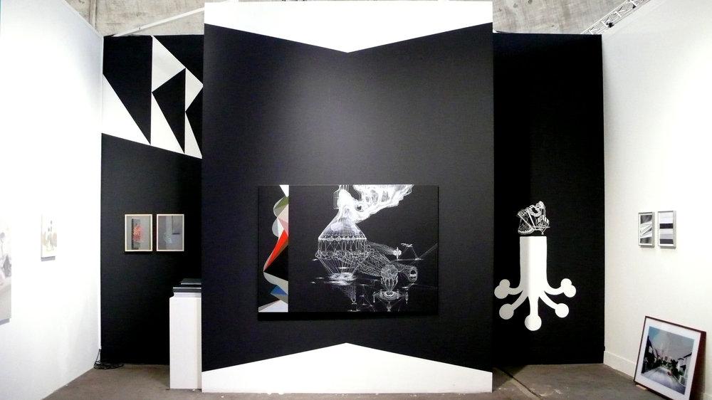 Booth-Frontal Kopie.jpg