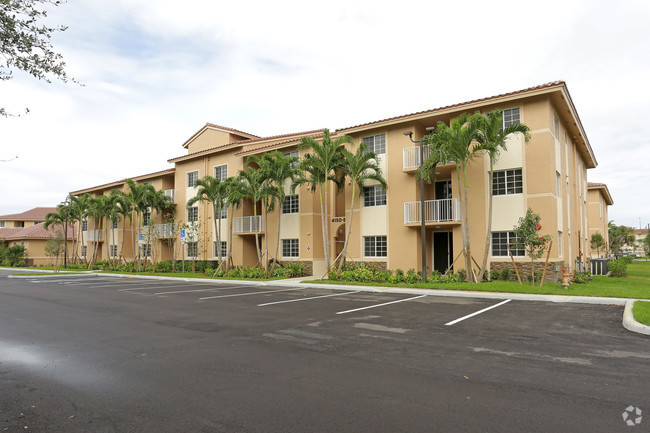 Stirling Village in Hollywood, FL , Green Building, Energy Ratings