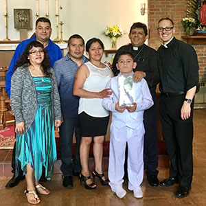 Comunión Solemne - The Holy Eucharist, also known as Holy Communion, the Mass (la Misa), or the Lord's Supper, is the central practice of worship in the Episcopal Church. Holy Communion is open to all of the baptized, regardless of denominational background. Many parents in our parish also preserve the tradition of waiting until their children are a bit older before admitting them to Communion in a beautiful ceremony known as Comunión Solemne (First Holy Communion). This custom is purely optional, and children and adults may come to Communion at any time. In the Episcopal Church, we speak of the