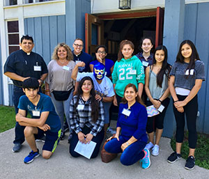 Diocesan Hispanic Youth Event - Every fall, the Diocese of Chicago holds a day-long retreat for Hispanic youth from congregations around our large Diocese. Santa Elena has been the host for this popular event many times, and we are delighted to be hosting it again in 2017 on Saturday, September 9th!